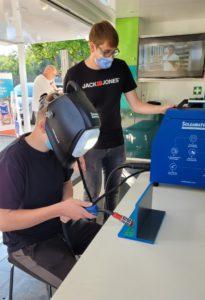 Volle Konzentration hieß es beim virtuellen Schweißen am Schweißsimulator